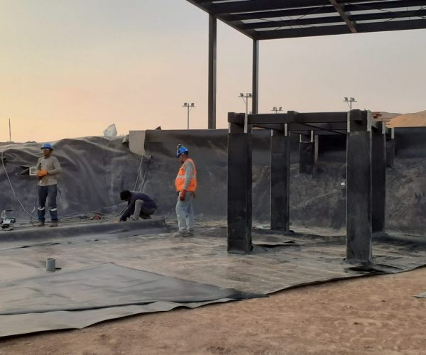 instalacion de geomembrana en reservorios
